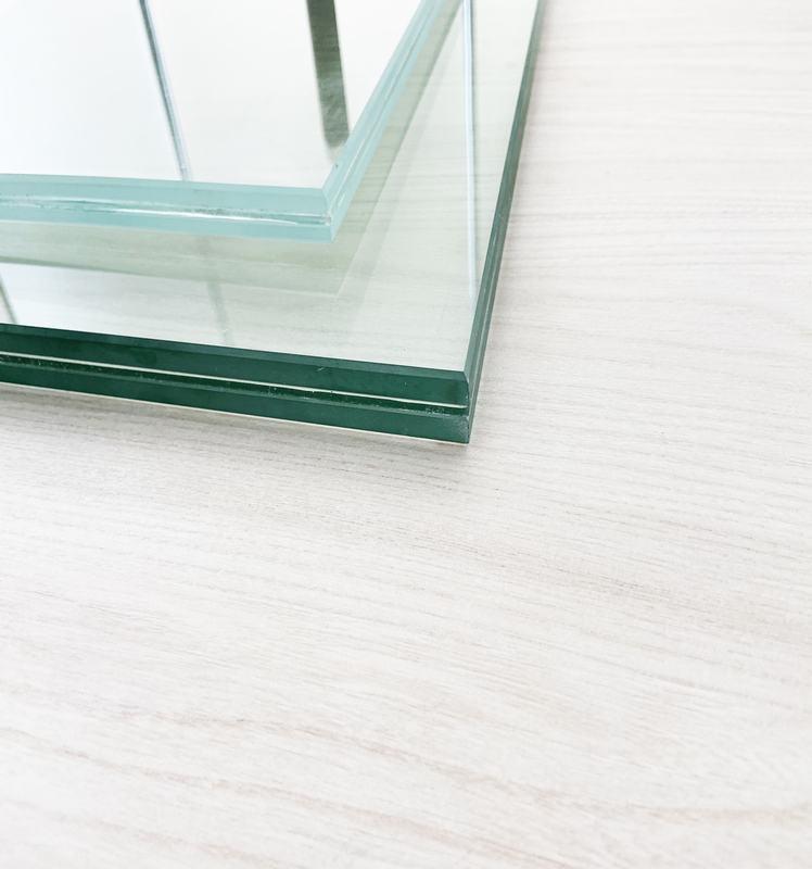 Low-iron Laminated Glass